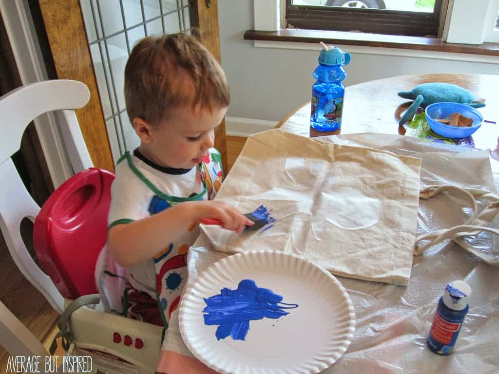 kids can paint their own beach bags