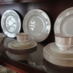 Tips on How to Arrange a China Cabinet