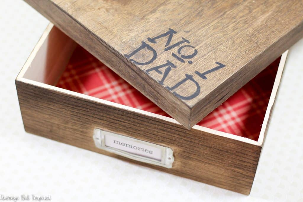 A Memory Box is a great DIY Father's Day Gift! It's a wonderful place for dads to store the treasures their kids make for, and give to, them. Plus it's simple to make and inexpensive!