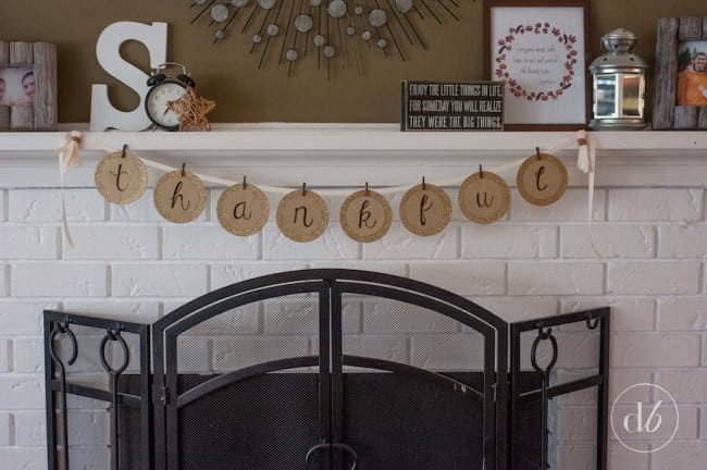 "This ""thankful"" banner from Dwell Beautiful can be made by anyone!"