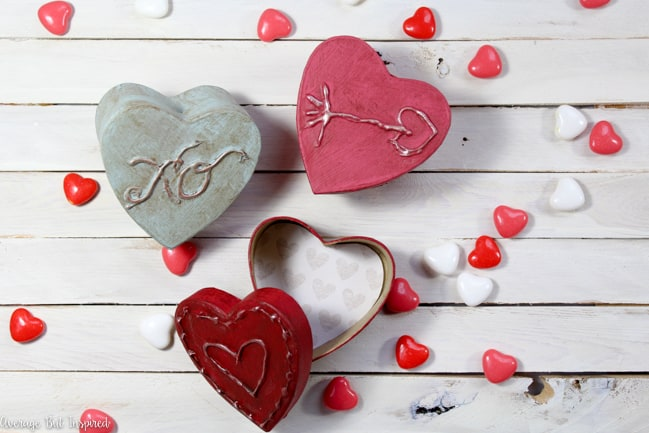 Give paper mache boxes a vintage look with this project tutorial! Such a cute Valentine's Day craft!