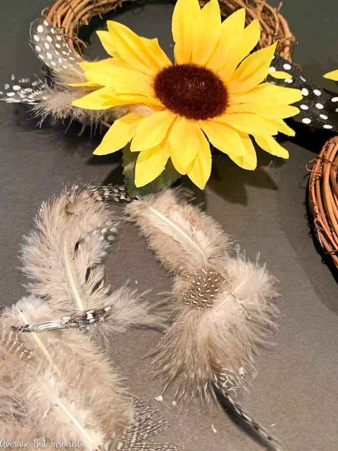 Learn how to make a beautiful sunflower wreath in this post!